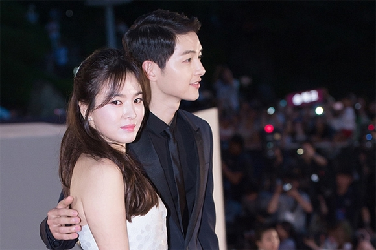 Bởi vì có Song Hye Kyo nên lúc nào Song Joong Ki cũng sống trong bầu không khí hạnh phúc.