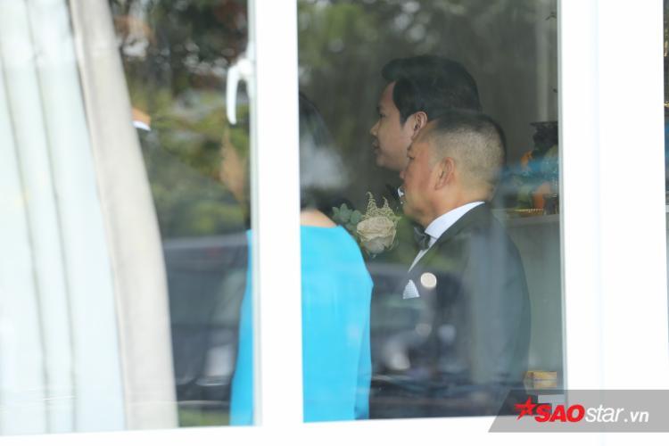 Hoa hậu Đặng Thu Thảo quyết giấu mặt, buông rèm khi đang làm lễ đón dâu