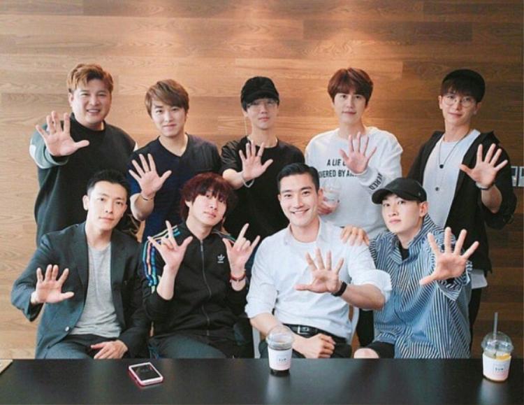 9 chàng trai sẽ tung ca khúc mới vào tháng 11 và concert Super Show 7.