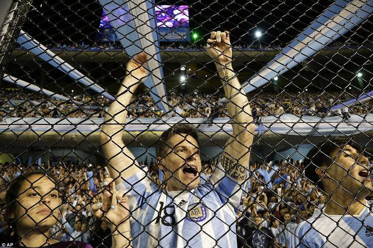 NHM Argentina sẽ phải đợi kết quả tại Ecuador.