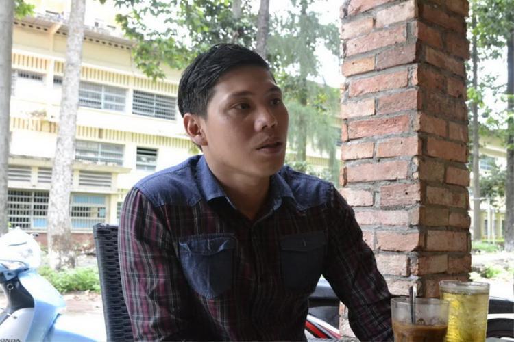 Kình ngư khuyết tật Võ Thanh Tùng mở quán cafe.