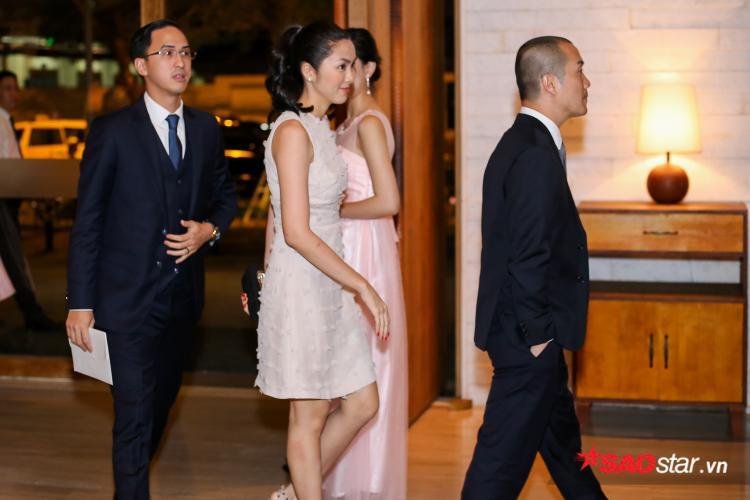 Vợ chồng Tăng Thanh Hà - Louis Nguyễn cũng có mặt trong tiệc cưới của Đặng Thu Thảo - Trung Tín.