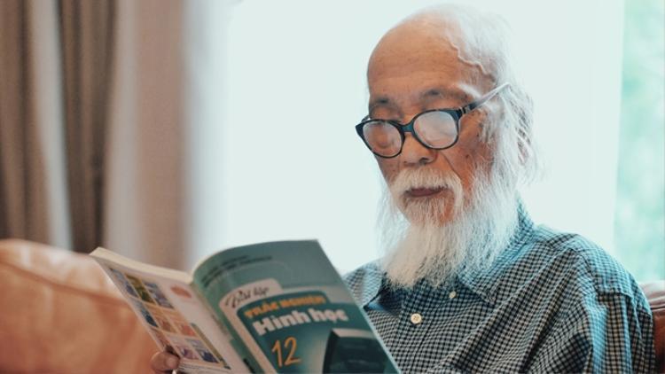 Thầy Văn Như Cương qua đời rạng sáng 9/10 ở tuổi 80.