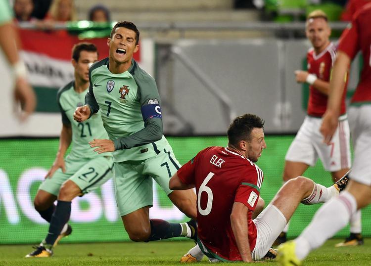 """Cristiano Ronaldo có thể """"gánh team"""" để Bồ Đào Nha vượt qua Thụy Sĩ?"""