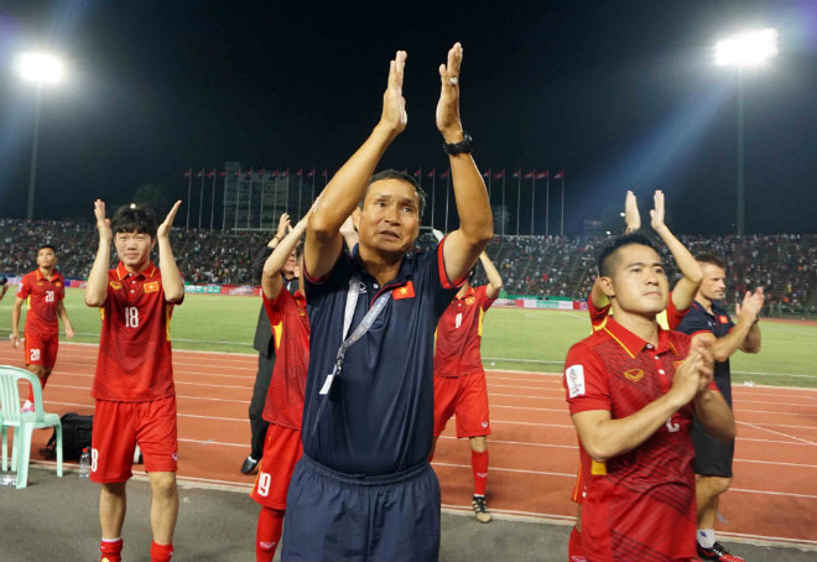 HLV Mai Đức Chung chia tay tuyển Việt sau trận đấu với Campuchia vào tối nay. Ảnh: VNN