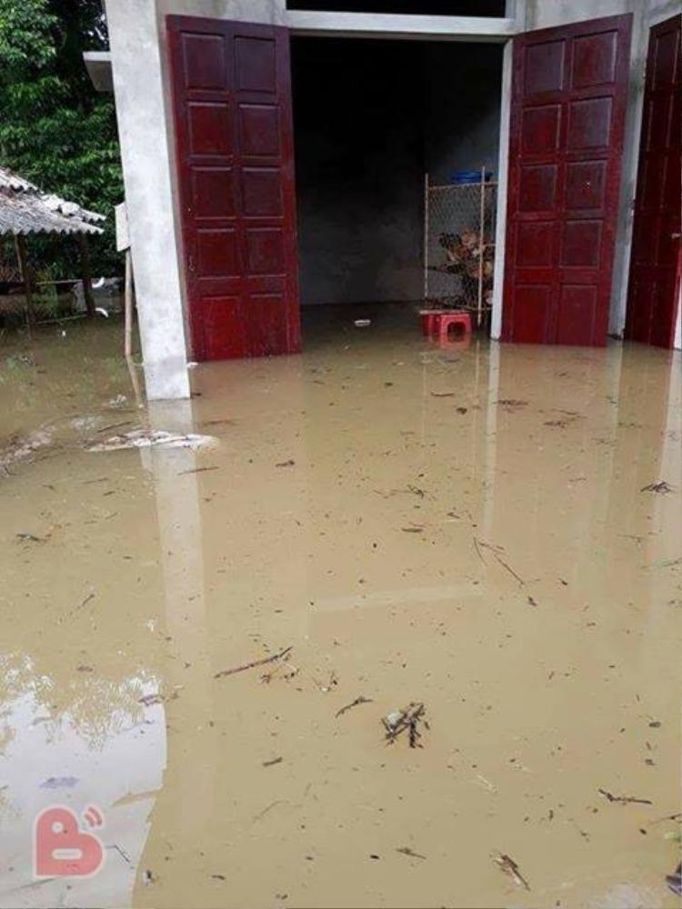 Hình ảnh nước ngập kinh hoàng do mưa lũ từ miền Bắc đến miền Trung