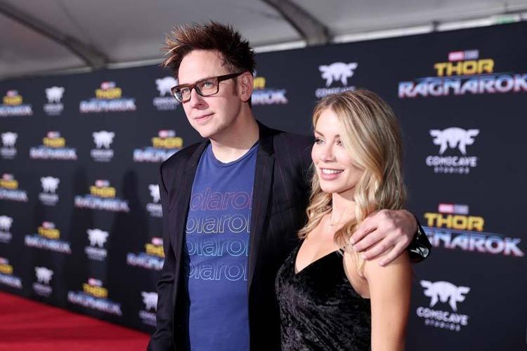 Đạo diễn James Gunn và bạn gái Jennifer Holland