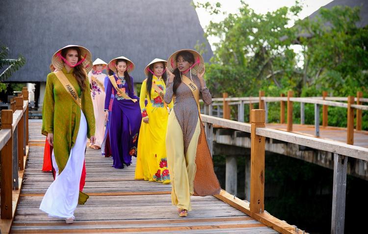Vòng thi Trang phục dân tộc diễn ra tại Quảng Bình vào lúc 20 giờ tối 12/10. Các vòng thi Áo tắm, Sơ kết và Chung kết diễn ra vào các ngày 17, 23 & 25/10 tại Phú Quốc (Kiên Giang). Tất cả vòng thi đều được truyền hình trực tiếp trên một số đài của Việt Nam và chương trình cũng được trực tiếp trên các fanpage như Miss Grand international, Miss Grand Việt Nam.