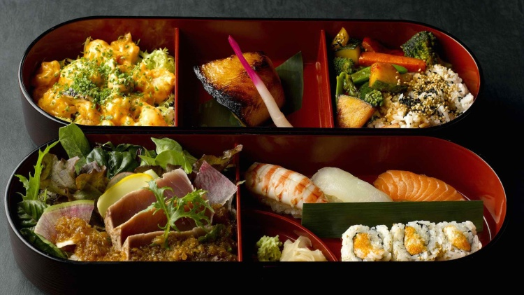Dường như, không có một món ăn nào có được sự chăm chút cầu kì và tinh tế như những món ăn ở Nhật Bản.