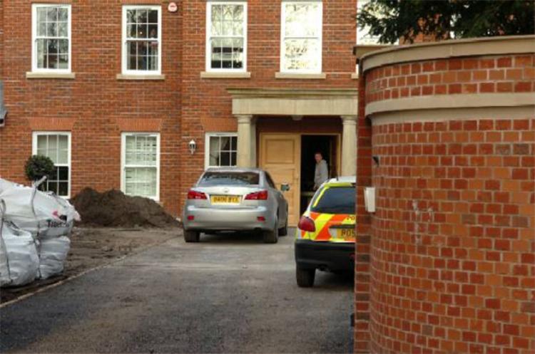 Ngôi nhà của Steven Gerrard từng bị trộm.