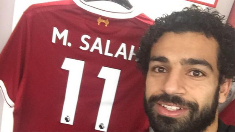 Salah vừa nhận tin bố bị cướp.