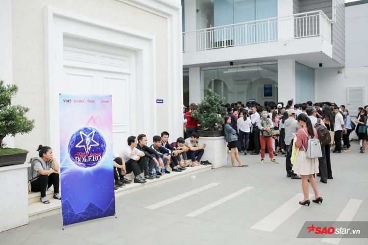 Hàng ngàn thí sinh tấn công Thần tượng Bolero mùa 3 trong ngày đầu sơ tuyển tại TP. HCM