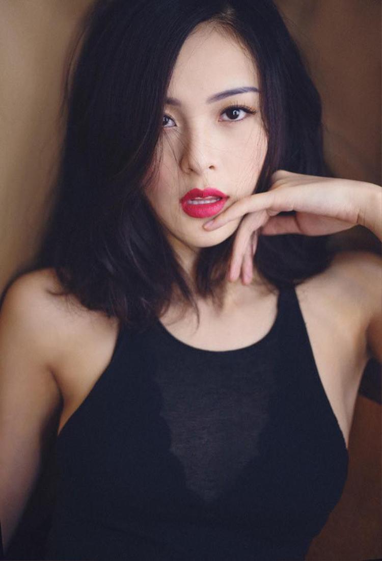 Những hot girl từng được mệnh danh đẹp không góc chết  bây giờ có còn đẹp?