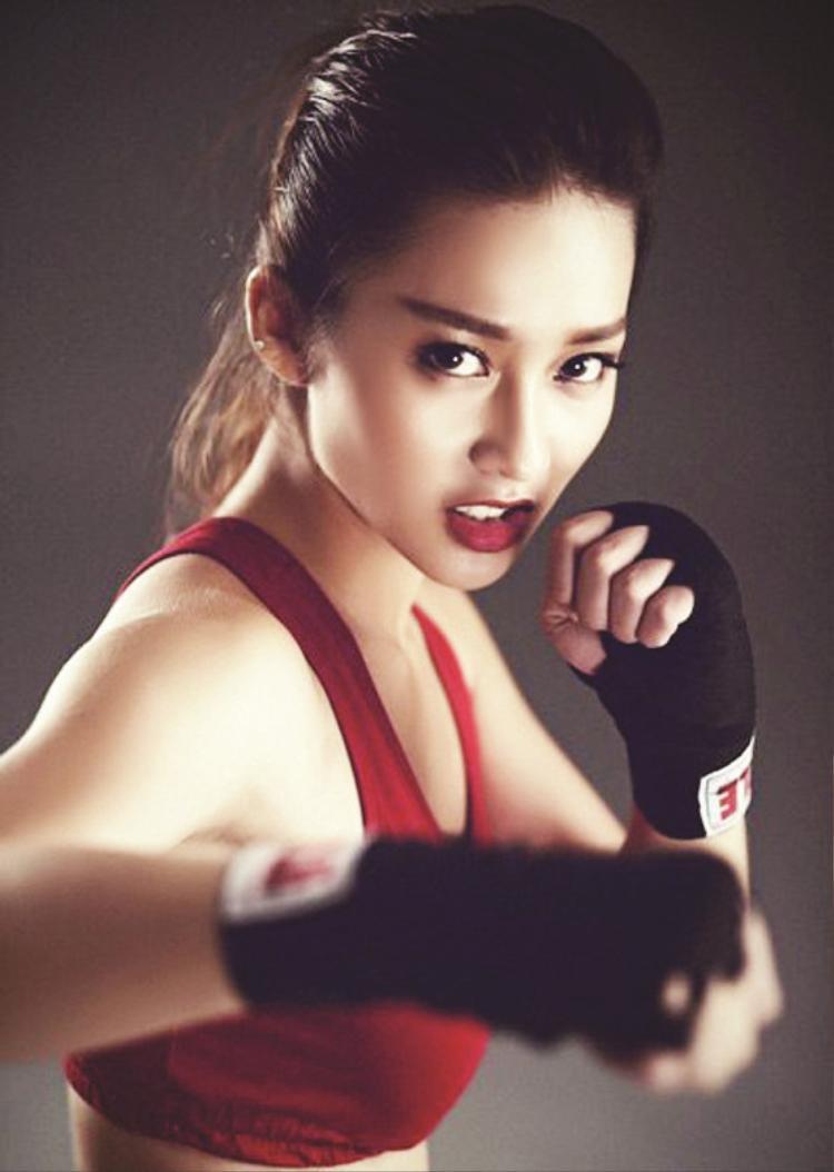 Hình tượng boxing girl gắn liền với Khả Ngân