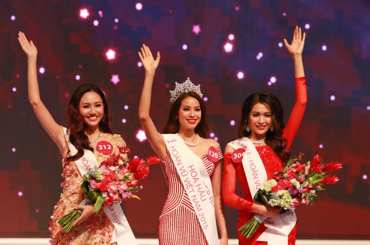 Những khoảnh khắc triệu like làm nên Vẻ đẹp thương hiệu của HLV The Look  Phạm Hương