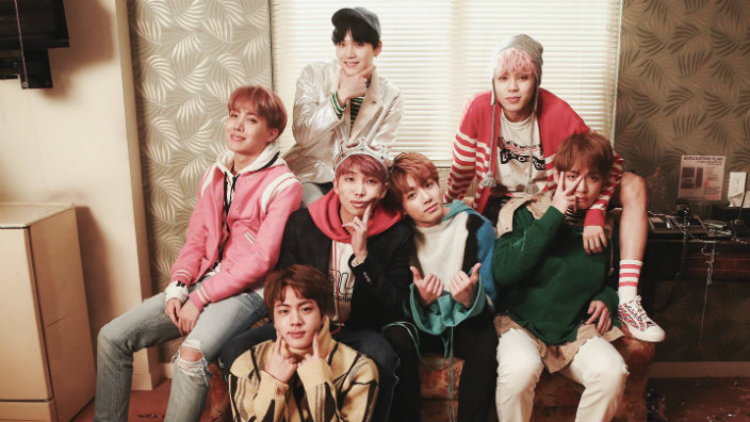 Kpop vài năm trở lại đây là cuộc đua song mã giữa EXO - BTS…