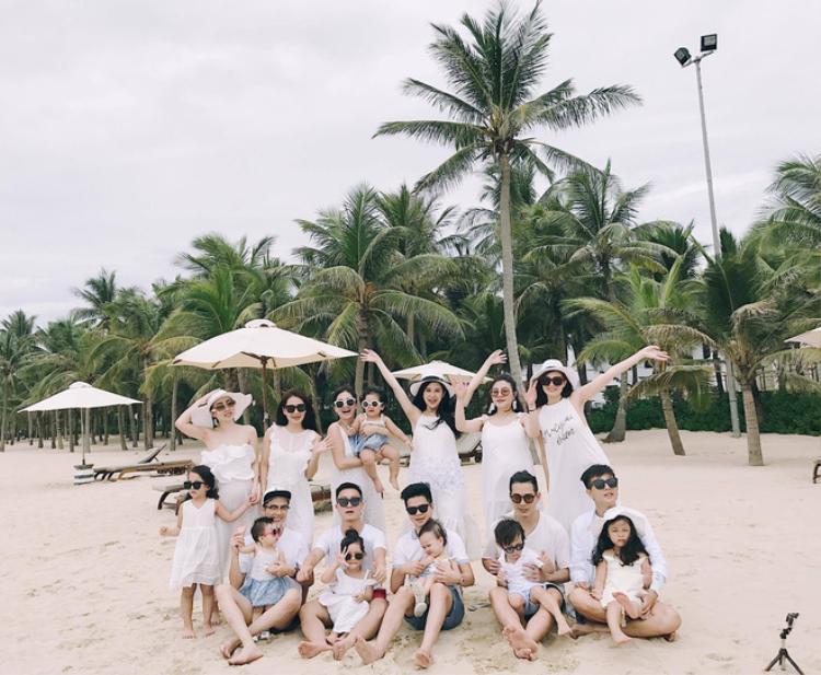 3 hội bạn thân gồm các bố mẹ bỉm sữa hot nhất mạng xã hội Việt