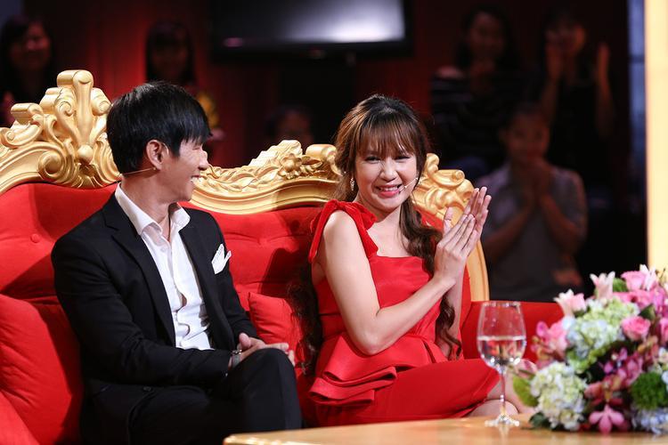 Bên cạnh sự quyết tâm của bản thân, cô vợ Minh Hà cũng là động lực giúp Lý Hải vượt qua và thành công ở vai trò mới này.