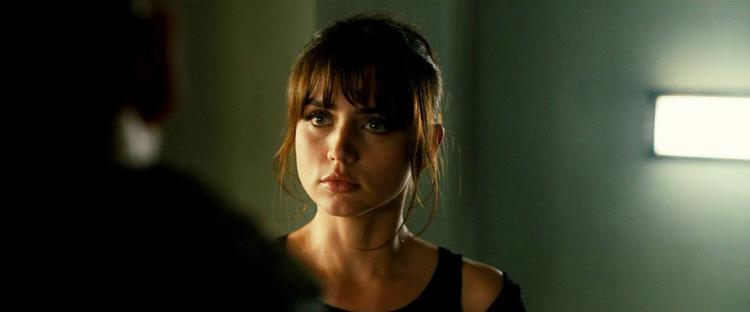 Ana de Armas  Cô đào vạn người mê trong phim Blade Runner 2049
