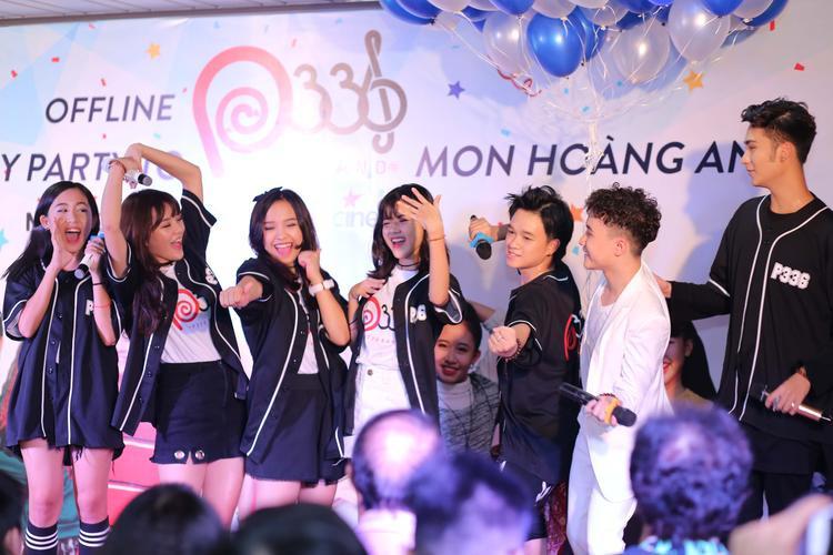 Khoảnh khắc cực nhắng của nhóm nhạc teen đông nhất Việt Nam.