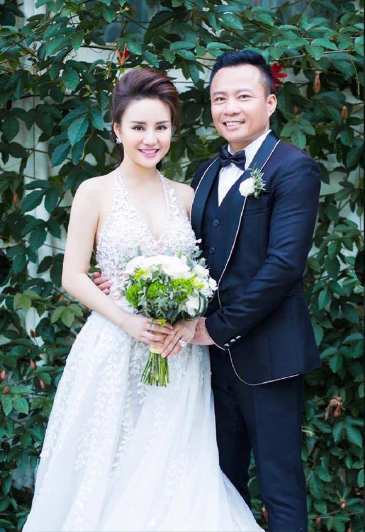Vy Oanh đính chính thông tin mua siêu xe tiên tỷ, xài đồ hiệu đầy người và lấy chồng đại gia