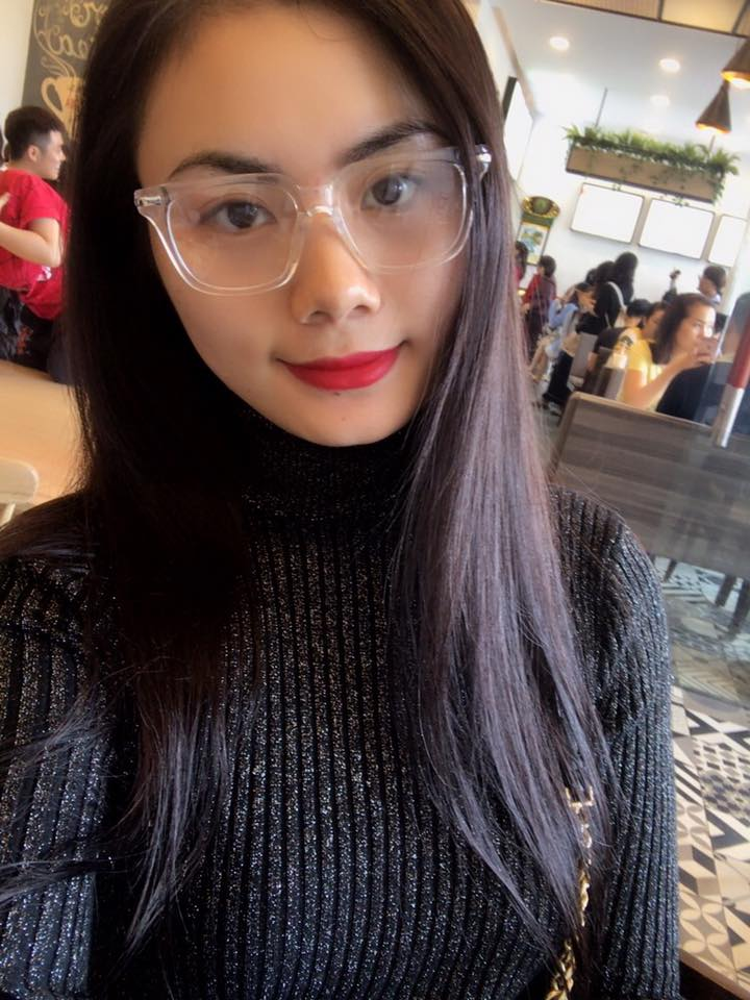 Dàn bạn gái xinh đẹp như hot girl của các sao bóng đá Việt Nam