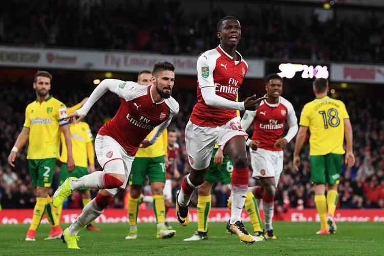 Edward Nketiah bất ngờ thành người hùng của Arsenal.