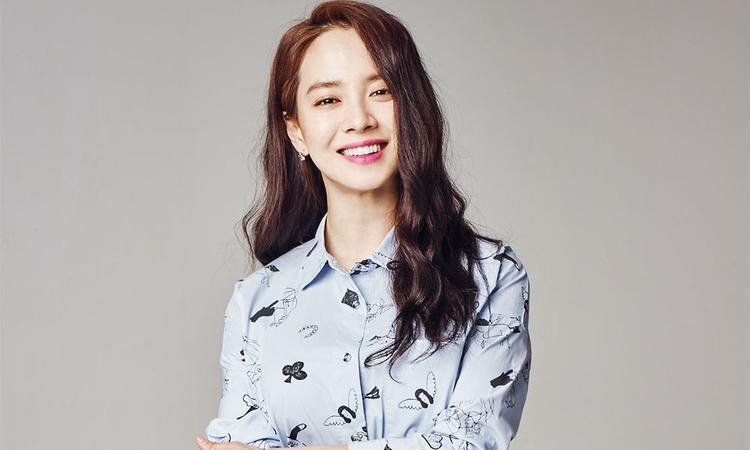 """… thông tin Song Ji Hyo trở lại Việt Nam khiến fan """"đứng ngồi không yên""""."""