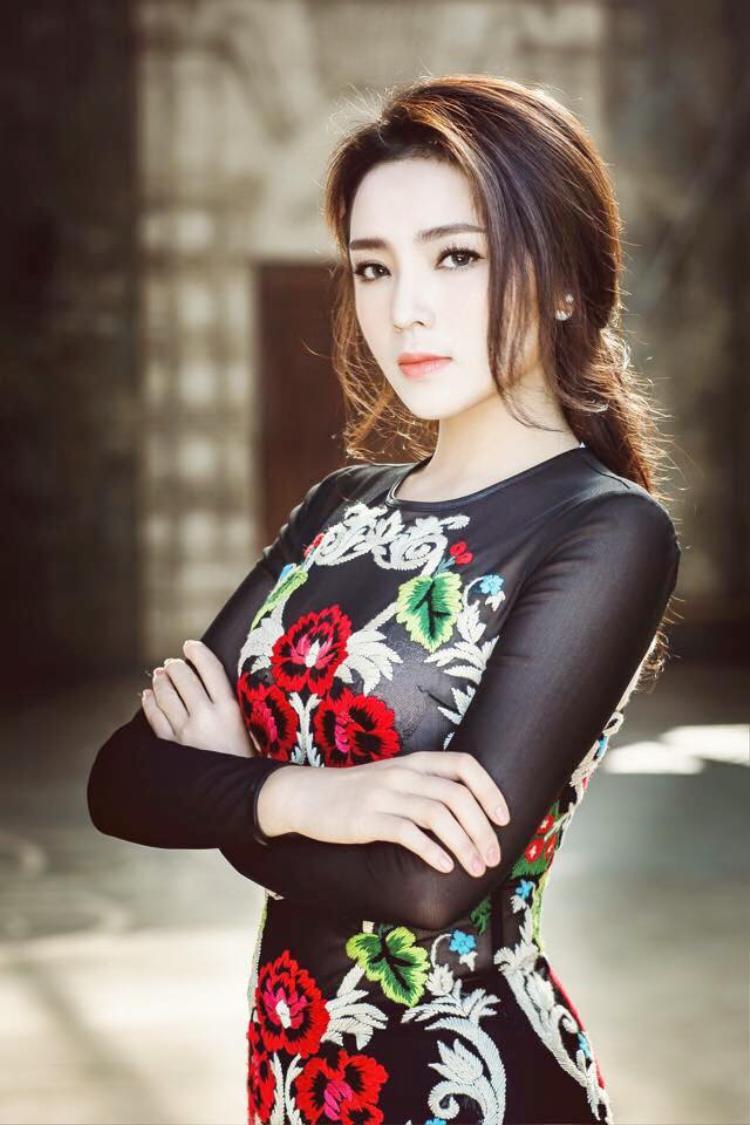 Hoa hậu Việt Nam 2014 - Nguyễn Cao Kỳ Duyên.