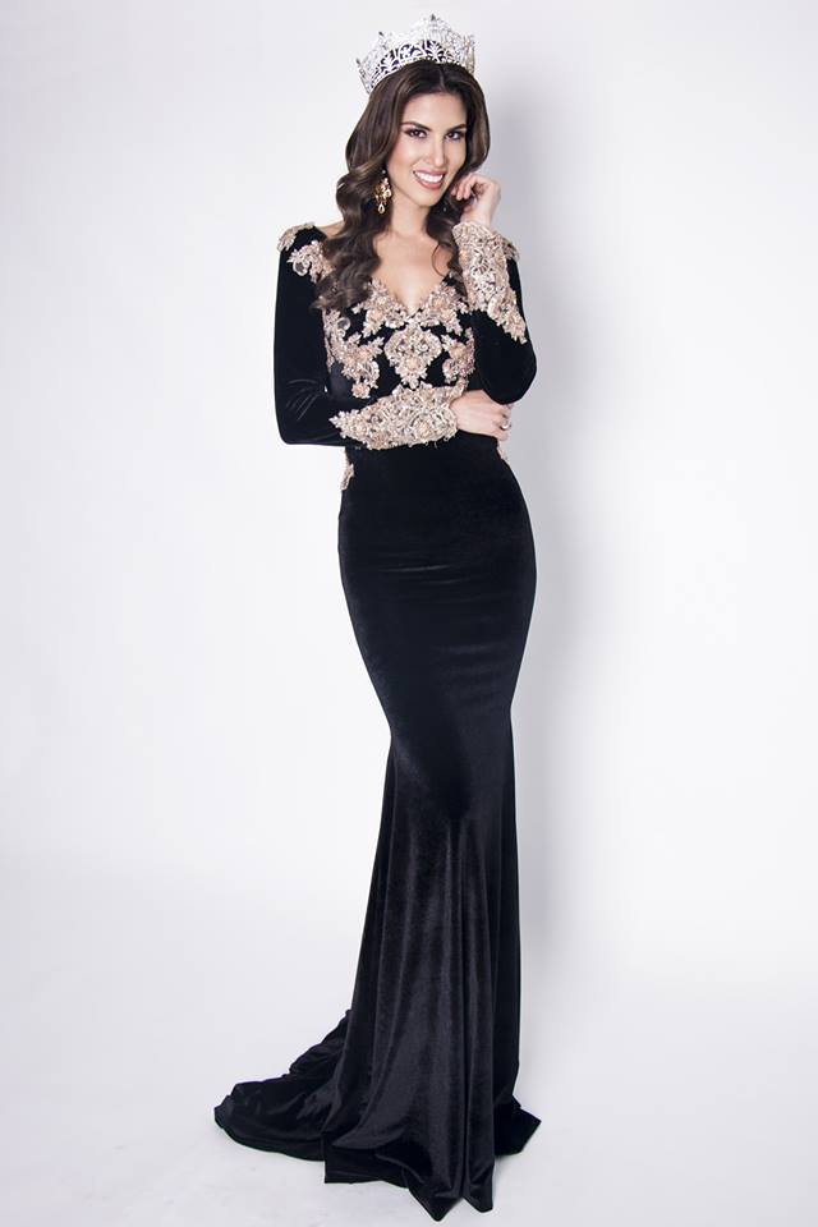 Miss Grand Peru thông thạo nhiều ngoại ngữ và có sự nghiệp khá thành công.