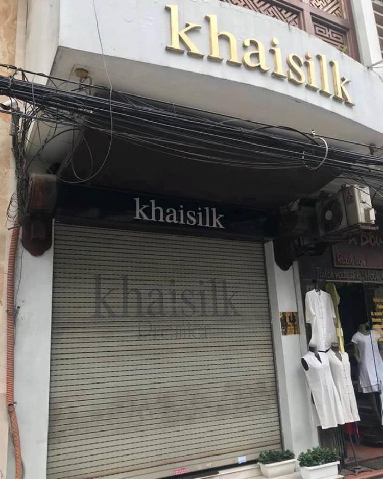 Trước đó, cửa hàng ở phố Hàng Gai cũng đóng cửa.