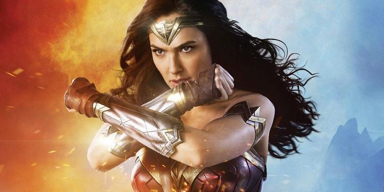 Wonder Woman của Gal Gadot.