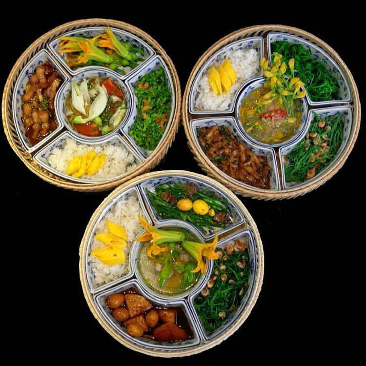 Ngoài các bữa ăn giá thành xa xỉ, Nam Phan còn thu hút dân văn phòng trong khu vực với những set bento phong phú, ngon miệng có giá 99.000 đồng.