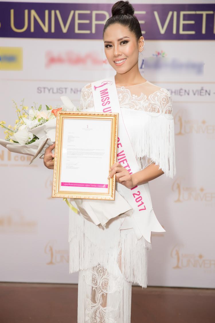 Nguyễn Thị Loan chính thức được cấp phép dự thi Miss Universe 2017