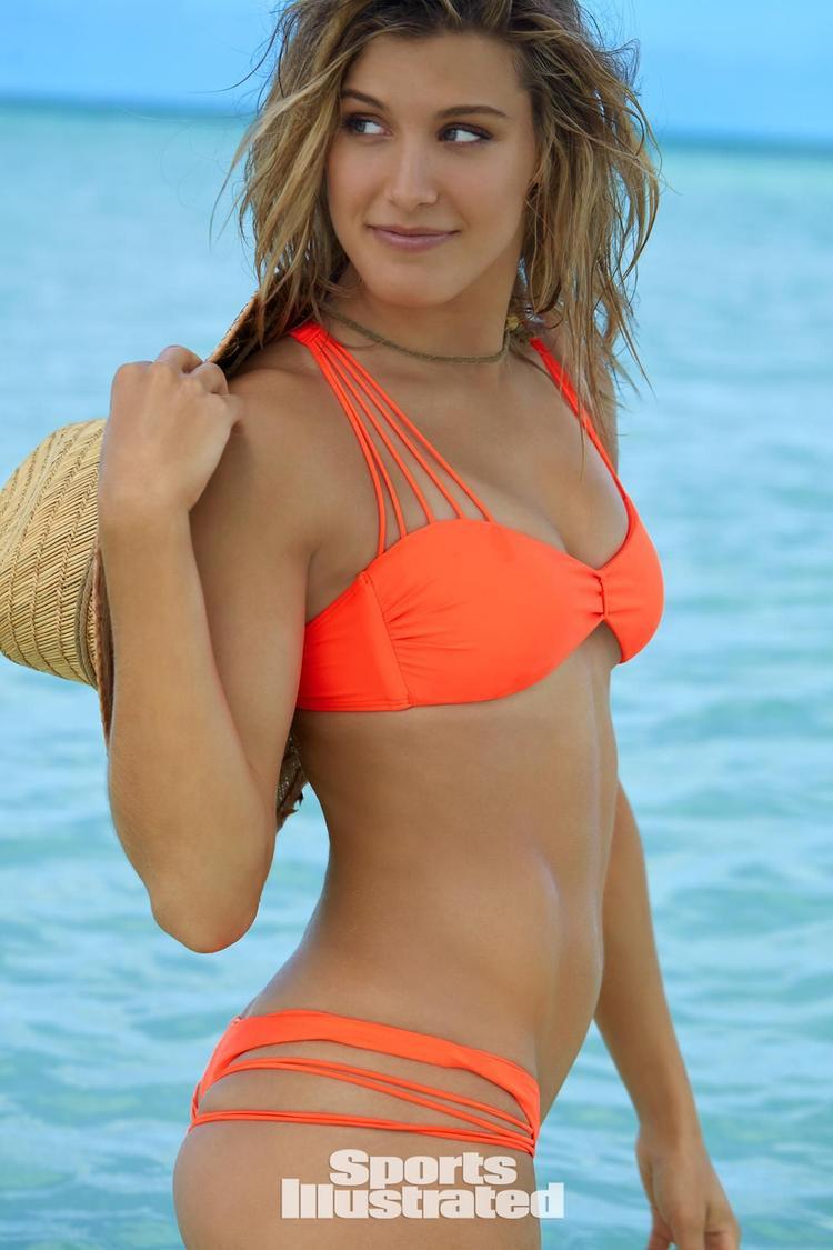 Eugenie Bouchard là tay vợt nữ nổi tiếng xinh đẹp