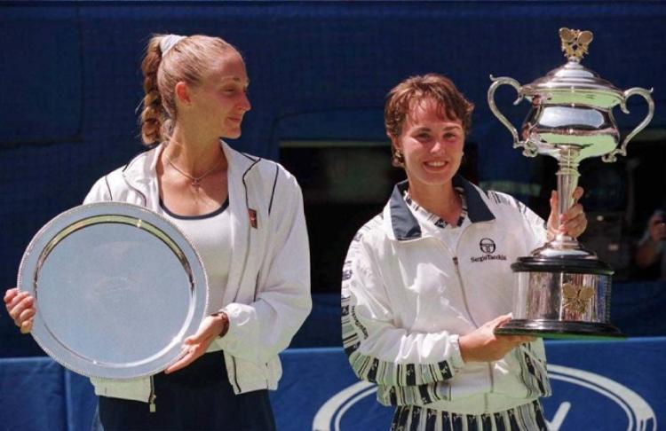 Hingis vô địch Australian Open 1997 khi mới 16 tuổi
