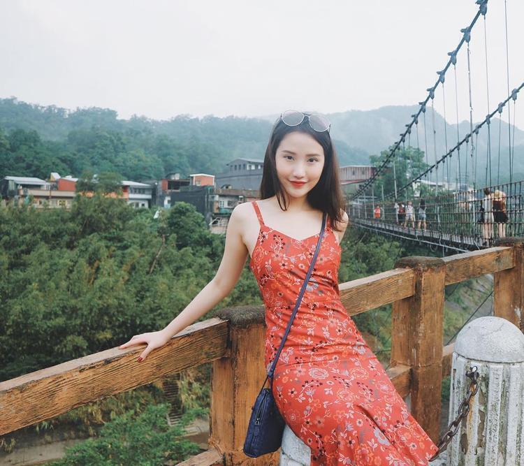 Người yêu tin đồn của Phan Thành hóa ra lại có gia thế khủng, xinh đẹp và tài năng không thua gì Midu!