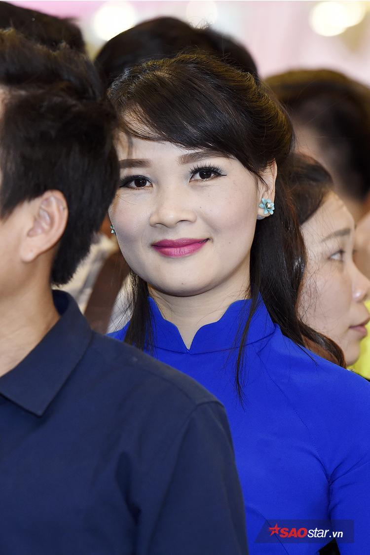 Dàn trai xinh gái đẹp tề tựu trong buổi casting Thần tượng Bolero tại Hà Nội