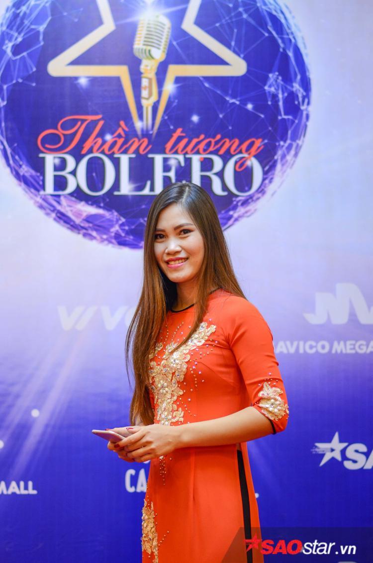 Hoàng Thanh Huyền (Hải Dương) chia sẻ mình rất thích Thần tượng Bolero và năm nào cũng theo dõi chương trình.