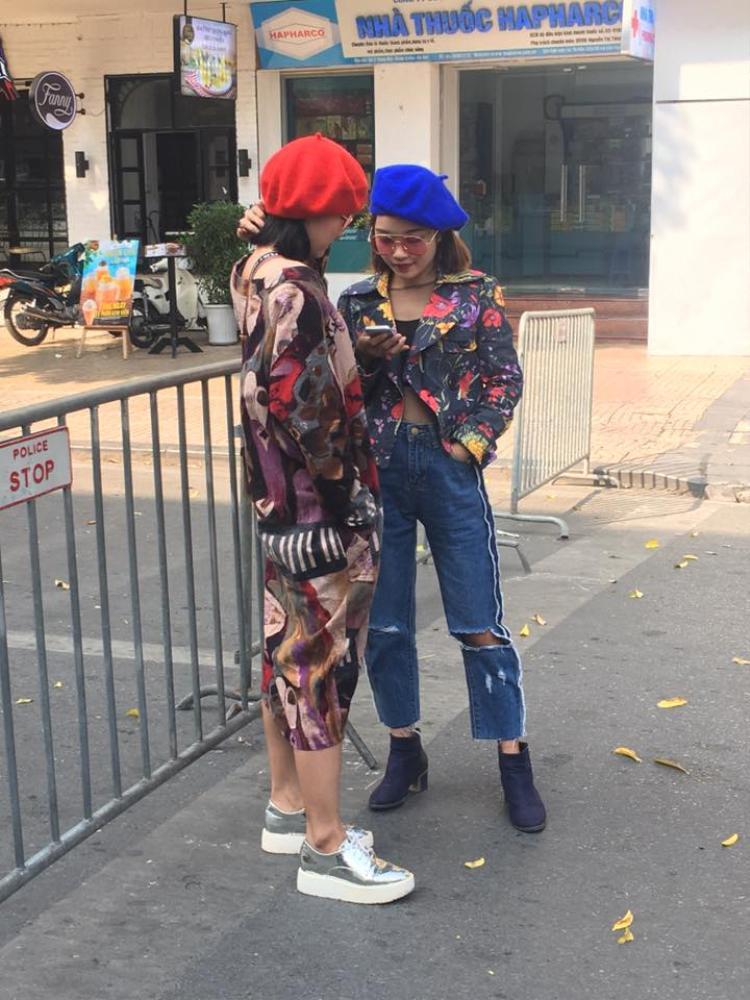 Mũ nồi mang thương hiệu Chi Pu cũng được các bạn trẻ ưa chuộng.