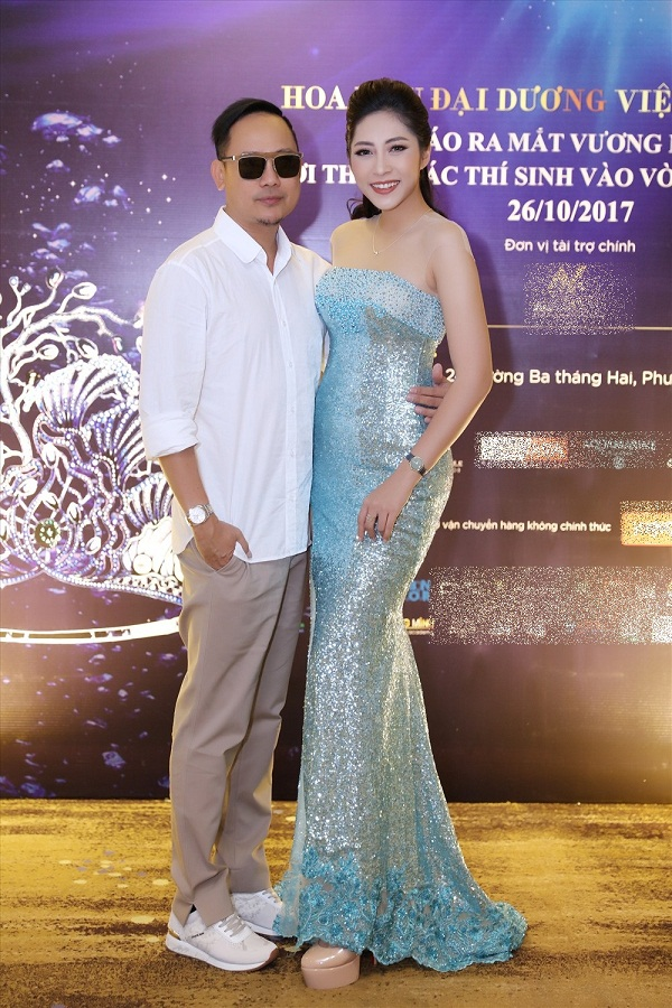 NTK Võ Việt Chung cho rằng Đặng Thu Thảo không xứng với danh hiệu Hoa hậu trong suốt 3 năm qua.