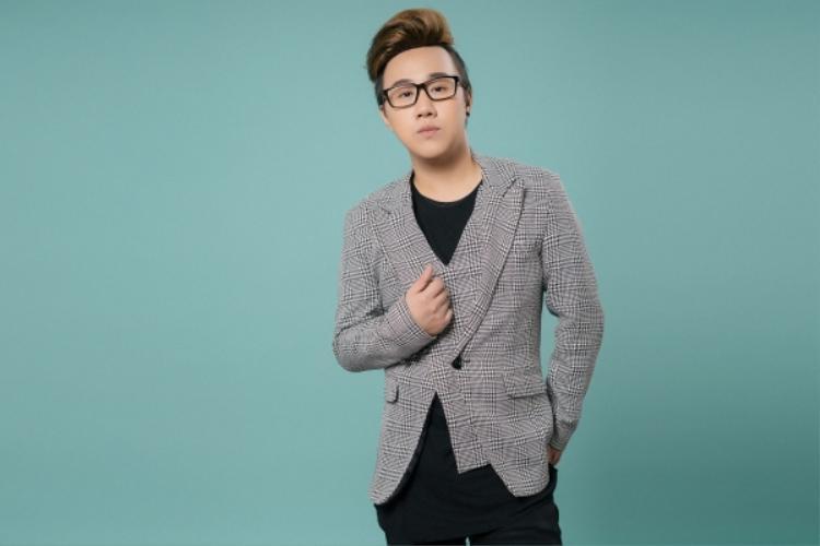 Là OST của phim My Sky,ca khúc buồn não nề của Trung Quân Idol được Duy Khánh khéo léo lồng ghép phần nhạc phim vào để đẩy cao trào lên cao nhất khiến người xem phải rưng rưng nước mắt.