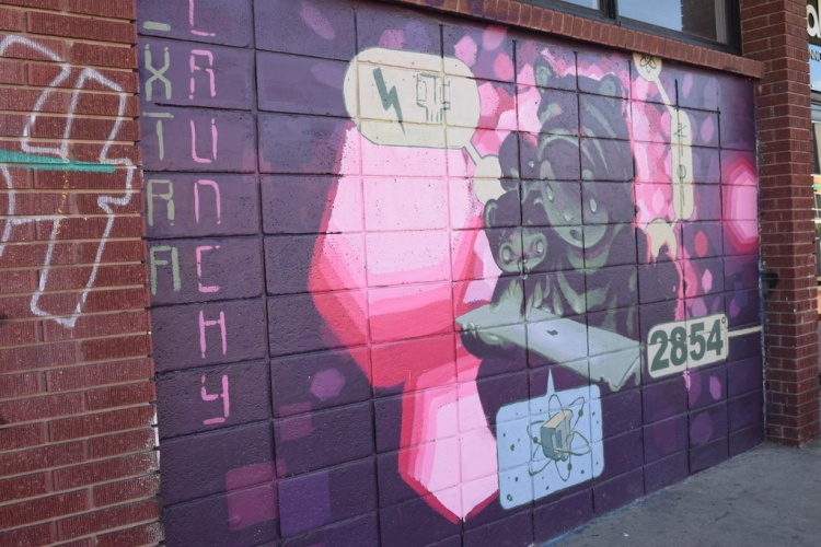 Vùng River North mang đầy những tác phẩm nghệ thuật đường phố - tất cả đã tạo ra một chuyến du lịch 'bằng mắt' lý thú khi đến với Denver.