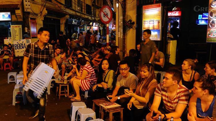 7 trải nghiệm yên bình của Hà Nội ban đêm theo cảm nhận của phóng viên CNN