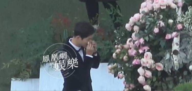 Giây phút xúc động của Song Joong Ki.