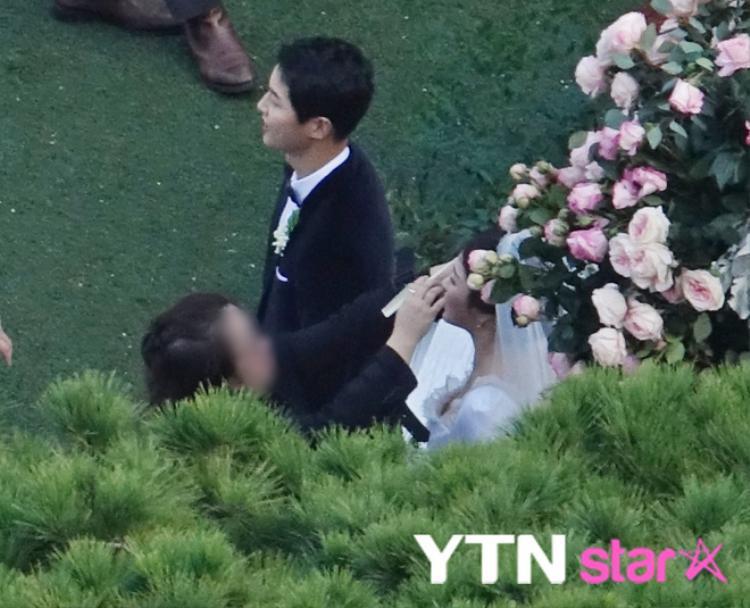 Toàn cảnh siêu đám cưới Song Joong Ki  Song Hye Kyo với sự tham gia của dàn sao hạng A châu Á