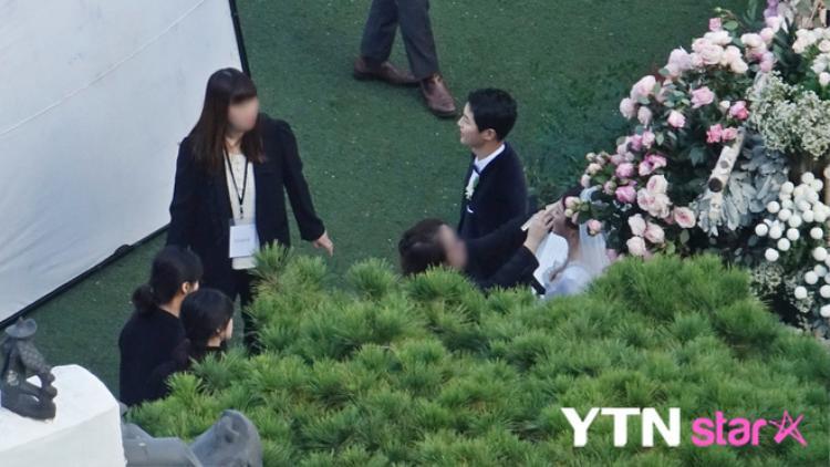 Một số hình ảnh được truyền thông Hàn Quốc ghi nhận.