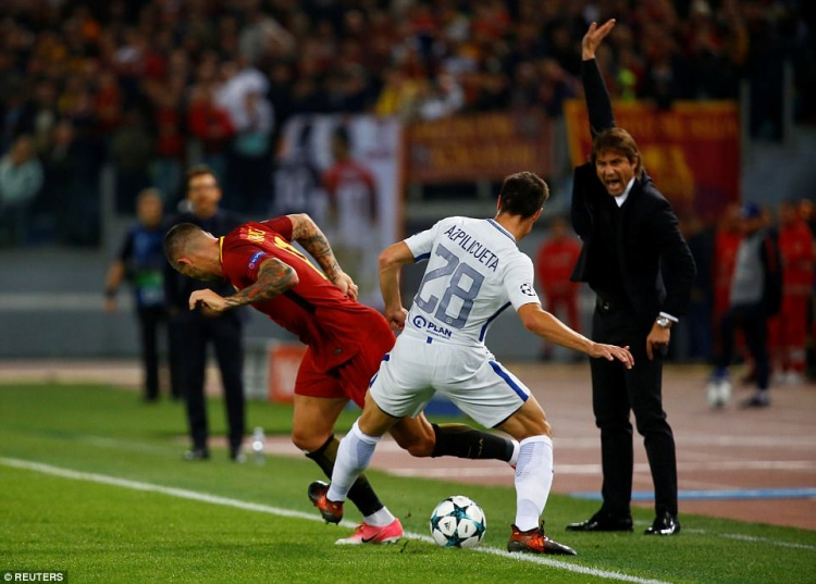 Conte đang cảm thấy bất lực