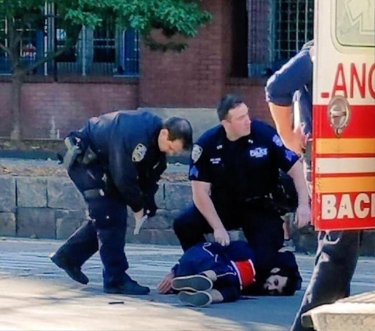 Đâm xe khủng bố ở New York: Nếu không nhờ một sĩ quan kỳ cựu, thương vong sẽ còn nhiều hơn