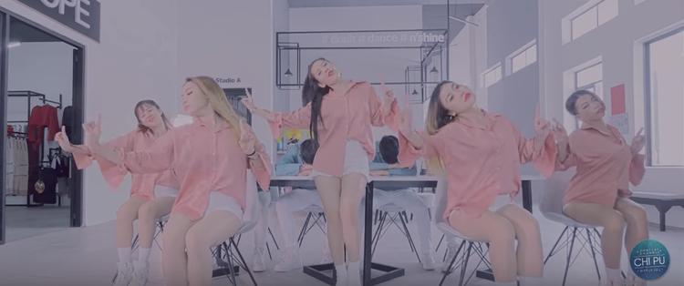 Chịu khó đầu tư như Chi Pu: Mỗi MV ra mắt còn tặng kèm clip tập luyện vũ đạo